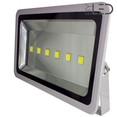 Projecteur LED 230V - Titan 300 Watts Blanc pur